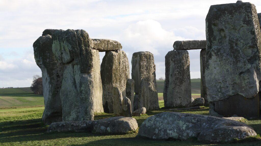 stonehenge-engand