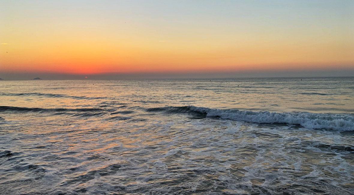 Tidvatten & solnedgång i Bretagne