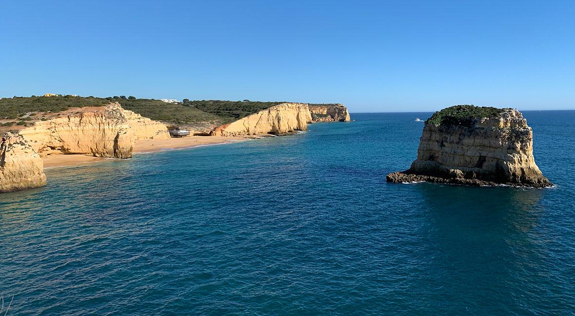Stränder i Algarve i fokus på alla hjärtans dag!