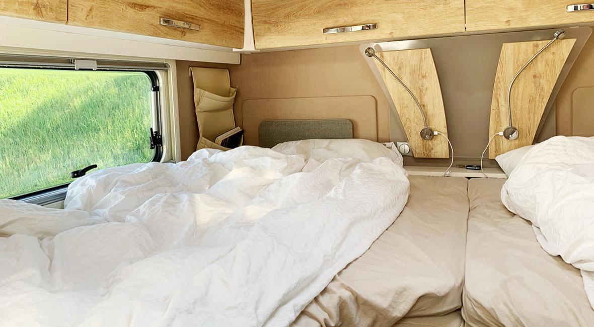 säng i husbilen