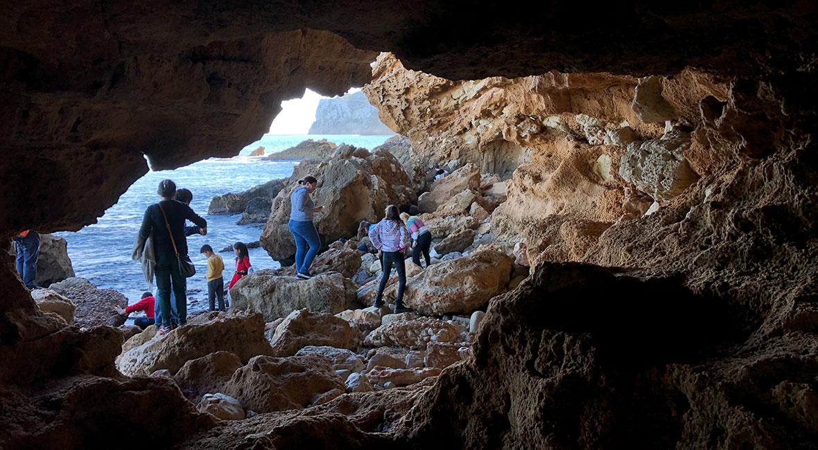 Grotta, bunker & hav i Denia