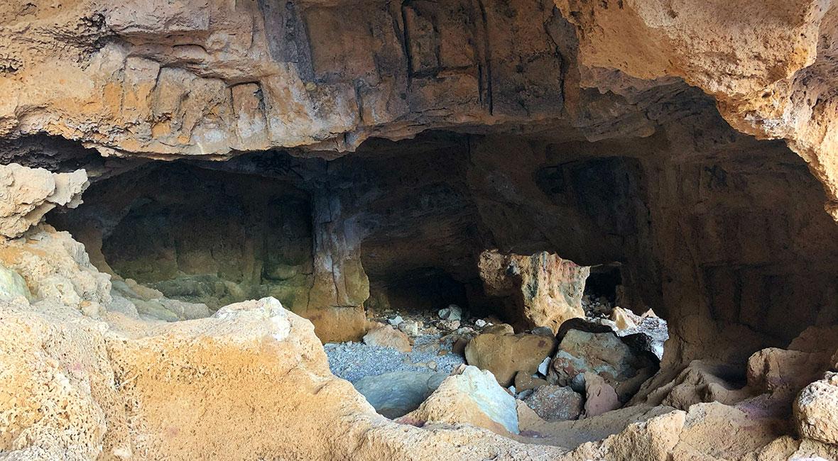 Grotta. i Denia