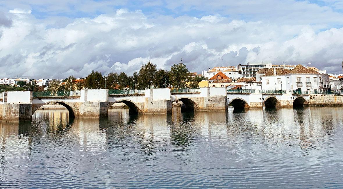 Bro över Gilao