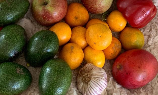 Koriander, sötpotatis och paprika mm.