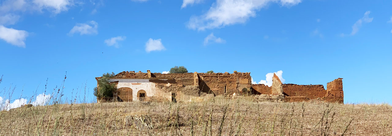 ruin Portugal